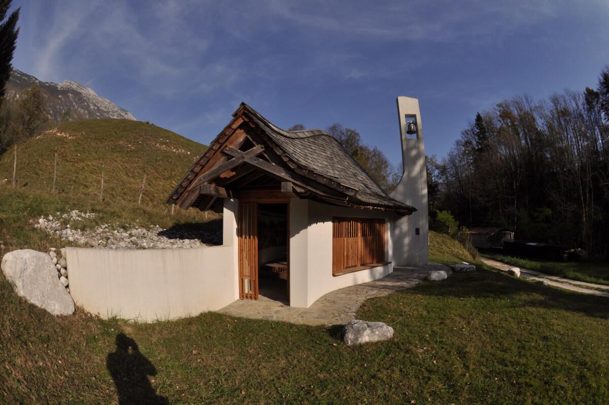 Kapelica na Bovškem